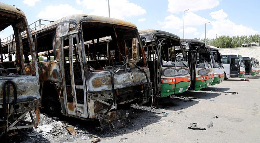 Mekke'de işçiler Otobüs Yaktı