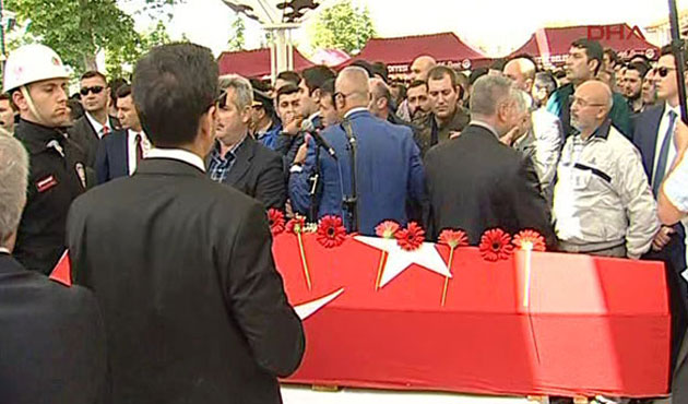 Kılıçdaroğlu'na Fatih Camii'nde Protesto