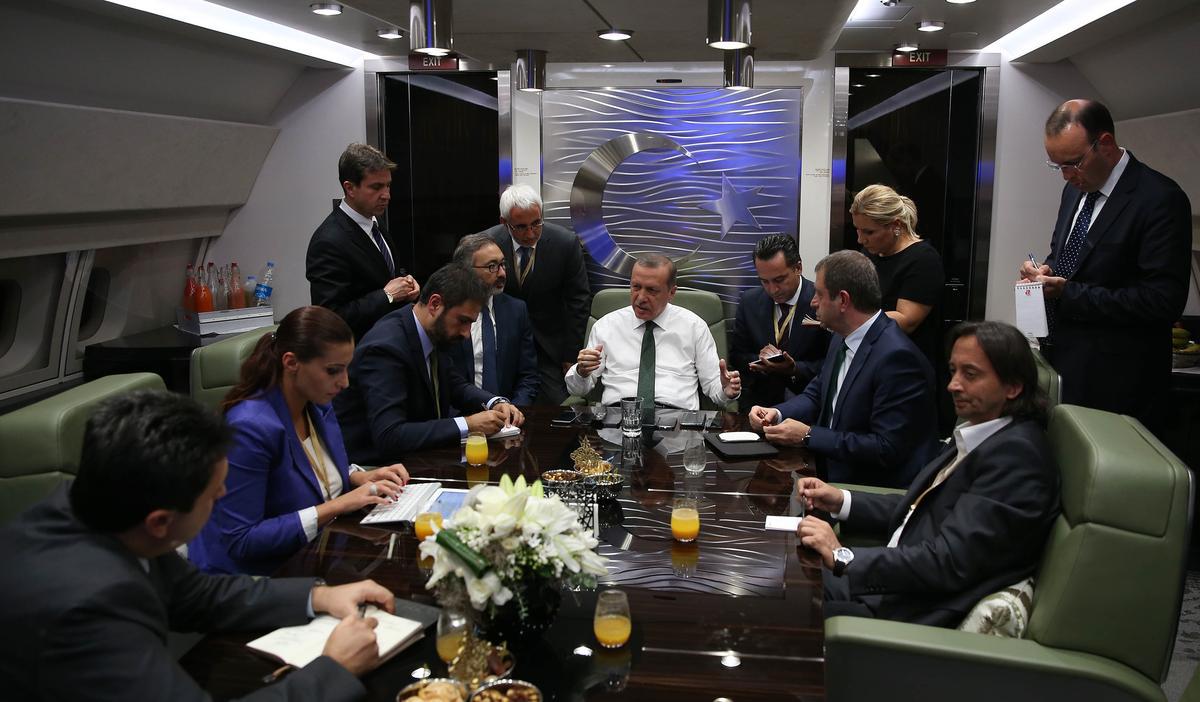 Erdoğan'dan Pilotlara: Kimden Yanasınız