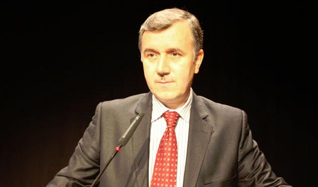 Prof. Dr. Davut Aydüz Tutuklandı