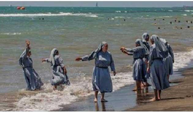 Laik Fransa sahilleri; Rahibeye serbest, Müslümana yasak