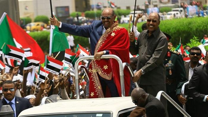İsrail  İran'la ilişkisini kesen Sudan'ı Ödüllendirmek İstiyor