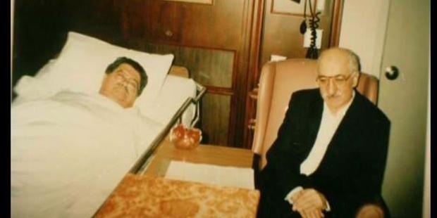 Ahmet Özal Bu Fotoğraftaki Gerçeği Açıkladı