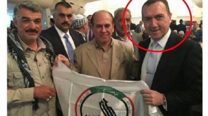 Bağdat Büyükelçisi Haşdi Şaabi Bayrağıyla Poz  Verdi