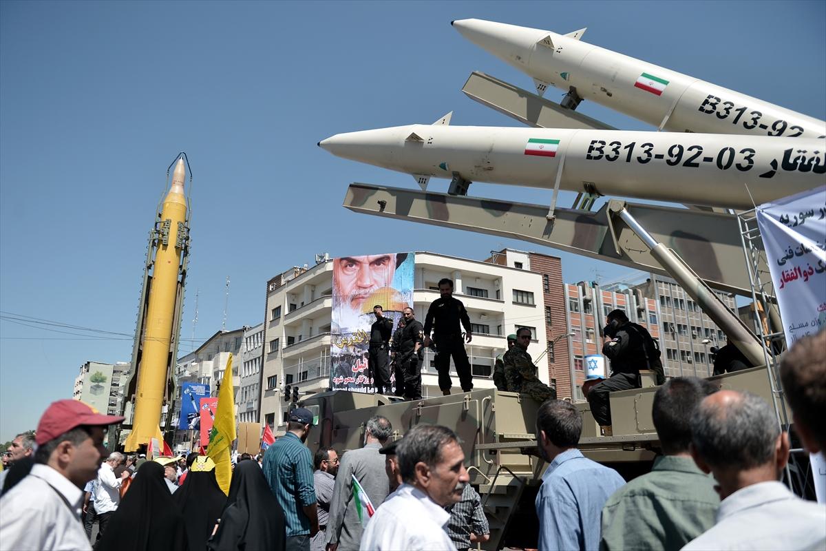 """""""Olası Bir  Savaş Sadece İran Topraklarında Olmayacak"""""""
