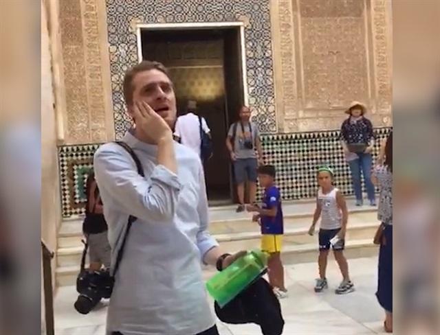 El Hamra'da 5 Asır Sonra İlk Kez Ezan Okundu