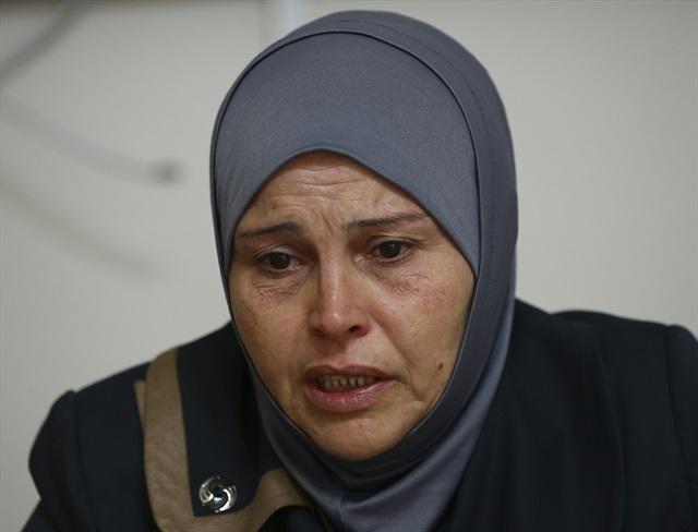 Almanlar Suriyeli Annenin Evladına El Koydu (VİDEO)