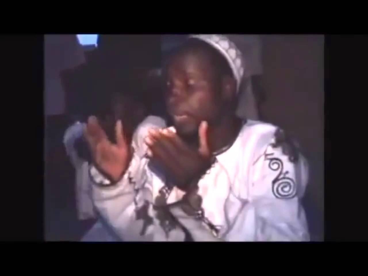 İlk Defa Beyaz Müslüman gören Afrikalı  Kardeşlerimiz (VİDEO)