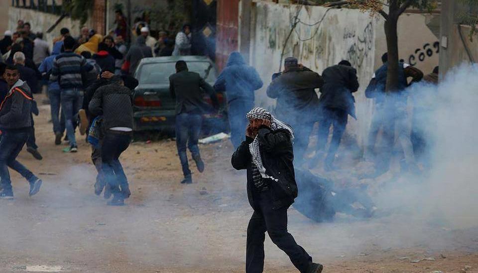 İsrail, Cuma Namaz Sonrası Filistinlilere Saldırdı