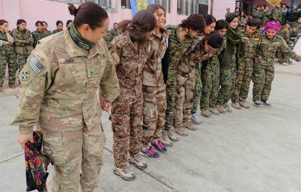 Coniler  YPG ile Birlikte Halay Çekti !