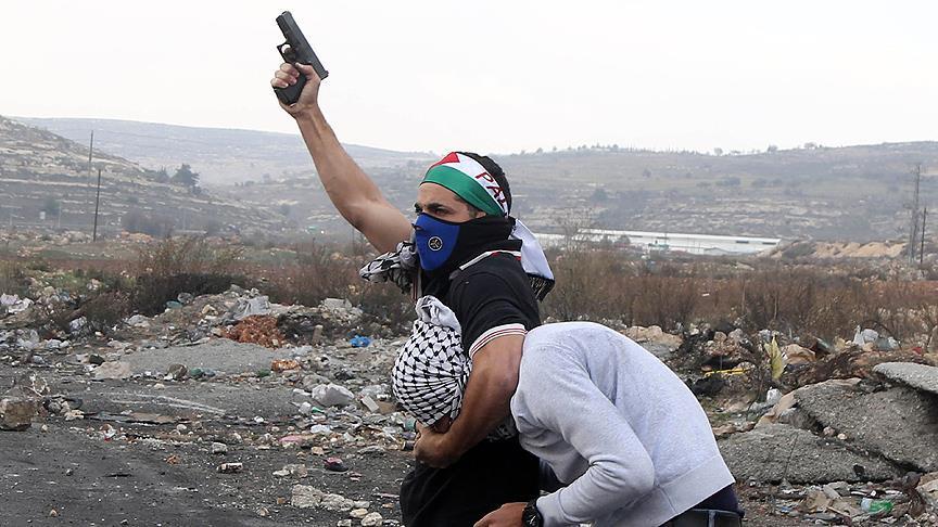 Siyonistler Filistinli Kılığına Girerek Direnişçileri Gözaltına Aldı