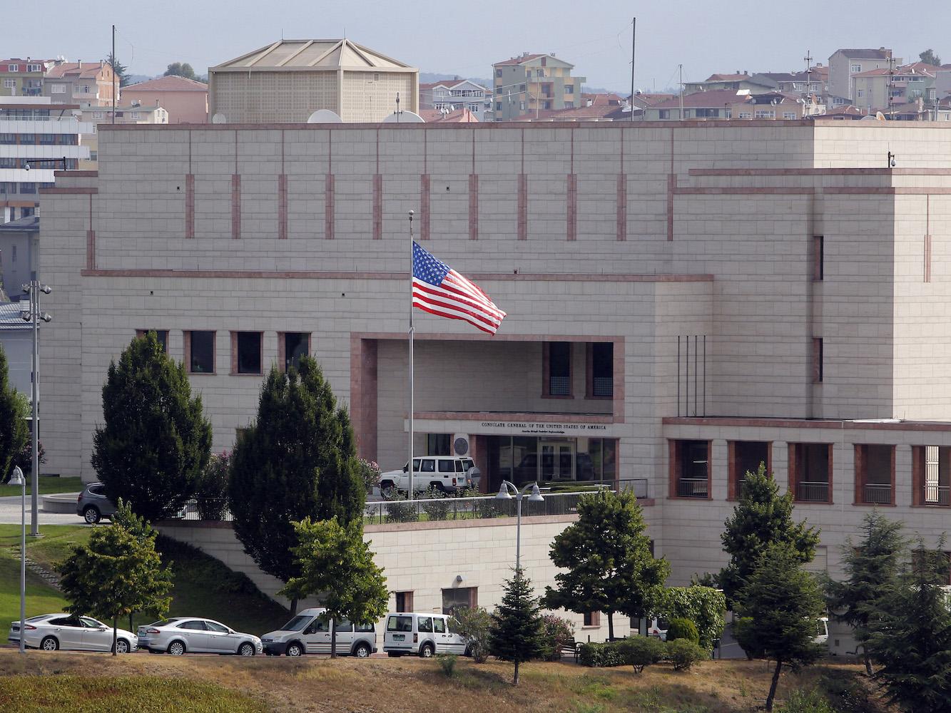 ABD'nin Konsolosluk Görevlisine Ev Hapsi