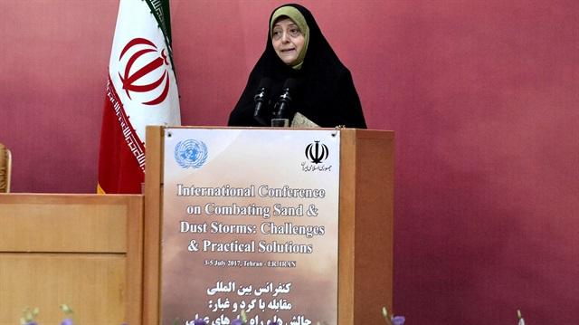 İran Cumhurbaşkanı Yardımcısı'ndan Başörtüsü Açıklaması