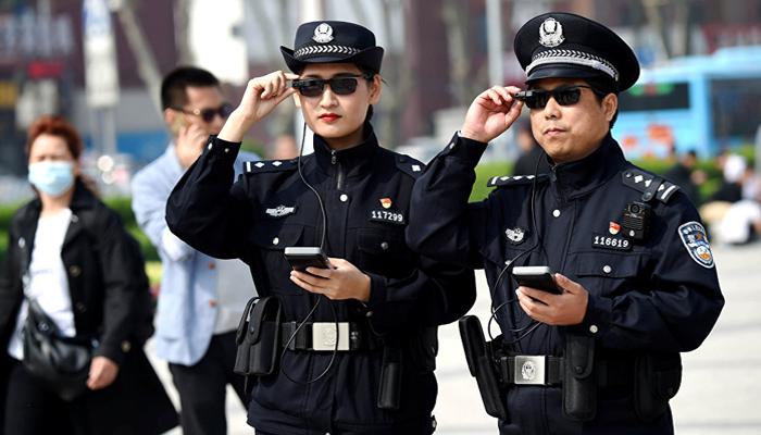 Çin İnsanlara Resmen Çip Taktı