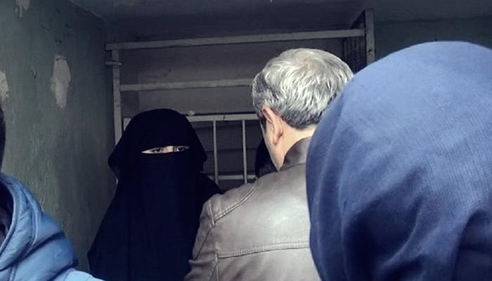 Atatürk İlah Değil' Diyen Kadın Gözaltına Alındı