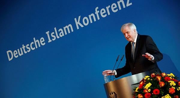 """""""Alman İslamı"""" Projesinin Tezahürleri"""