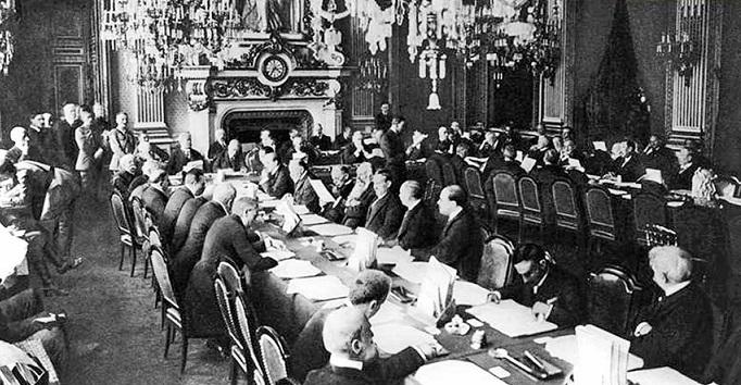 Paylaşmaya 100 Yıl Önce Paris'te Başladılar