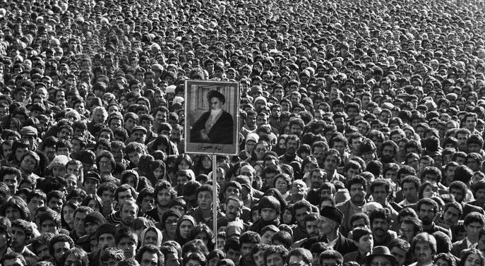 İran Halkı Devrim'in 40. Yılında Meydanlarda(FOTO)