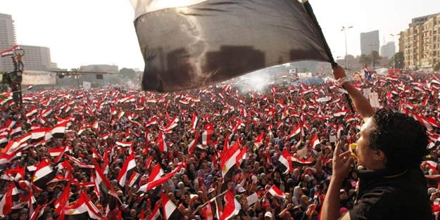 Mısır Halkı Sisi'ye Baş Kaldırdı