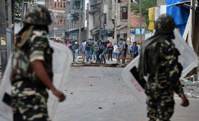 Keşmir'de 2 Direnişçi Katledildi