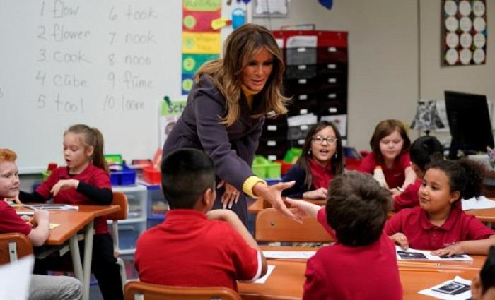 Trump, FETÖ Okulunu Ziyaret Etti