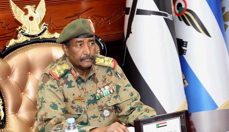 """Suud, Sudan Askeri Konsey Başkanını """"Zirve""""ye Davet Etti"""
