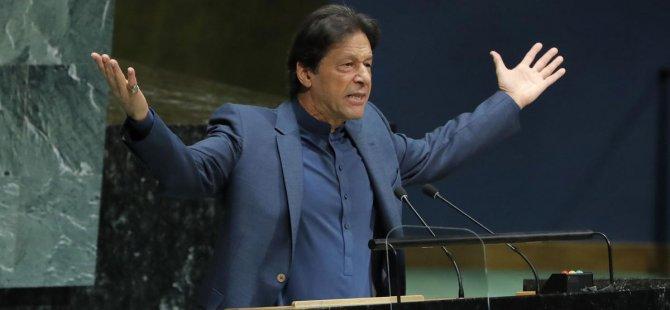 Pakistan Başbakanı İmran Han'ı Taşıyan Uçak Acil İniş Yaptı