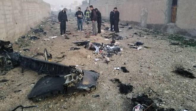İran'da  Düşen Uçak Gözaltısı