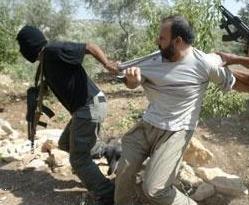İsrail bir ayda 597 Filistinliyi gözaltına aldı