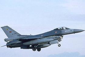 Suriye den F-16 Tacizi