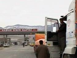 Habur'da Araç Geçişleri Başladı