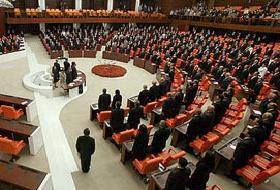 İnternet Yasası Meclis'den Geçti