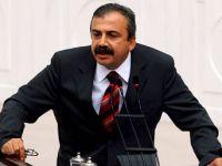 Sırrı Süreyya Önder: HDP'nin Baraj Sorunu Yok