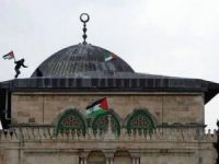 Sadakataşı Derneğinden Mescid-i Aksa'da iftar