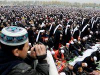 Doğu Türkistan'da  Çin Zülmü