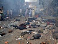 Pakistan'da Camiye Saldırı: 19 Ölü