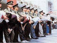 Çin Uygurlu Müslümanları Böyle Fişlemiş
