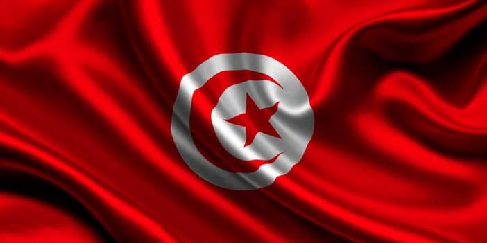 Tunus'ta Halk Sokağa İndi