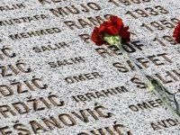 Srebrenitsa'nın 22. Yılı