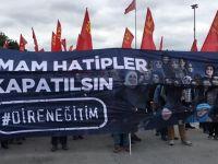 Bakırköy'deki Çirkin Pankarta Ahmet Hakan da İtiraz Etmiş