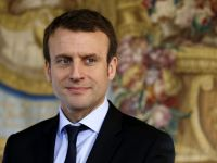 Fransa' da Göstericiler Elysee Sarayı'na Yürüyor