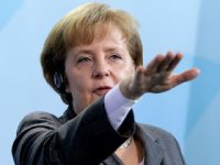 Merkel  Siyonistleri Savundu