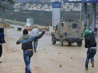 Filistinli Gençler Siyonistler Çatıştı