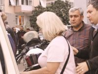 Ulusalcılar Başörtülü Kadınlara Saldırdı (VİDEO)