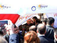 Cumhurbaşkanı Erdoğan'dan 'Hayır' Standına Sürpriz Ziyaret