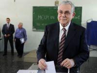 Eski Yunan Başbakanı'na Saldırı!