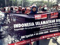 Endonezya'da Arakanlı Müslümanlara Destek Gösterisi