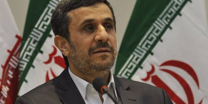 Ahmedinejad'a Kabinesinden Suçlama