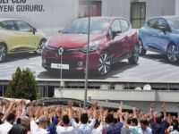 Renault  Üretimi Durdurdu