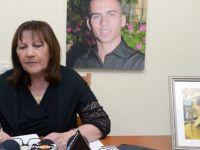 Esir Askerin Annesi: İsrail Hükümeti Beni Sırtımdan Bıçakladı